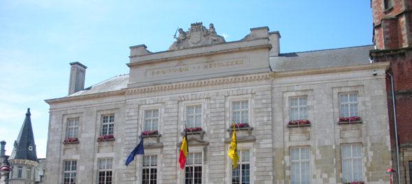 stadhuis Menen